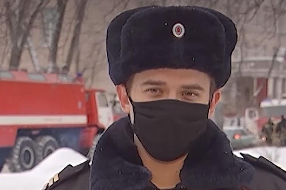 Сержант Максим Кравченко спас женщину из огня