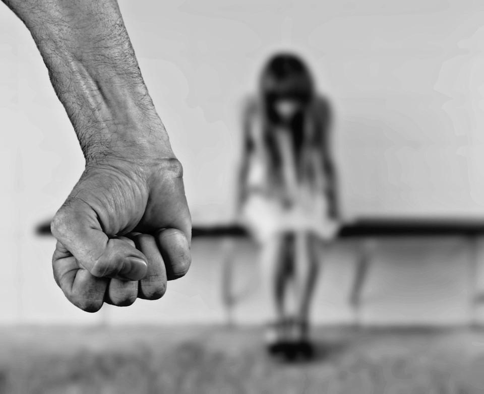 Астраханец избил сожительницу и она скончалась в больнице