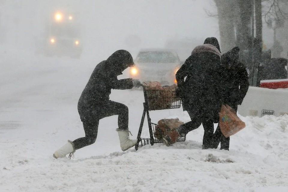 Жаркий Техас накрыл снегопад, в штате объявили режим ЧС