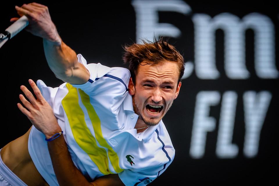 Даниил Медведев - фаворит четвертьфинала.