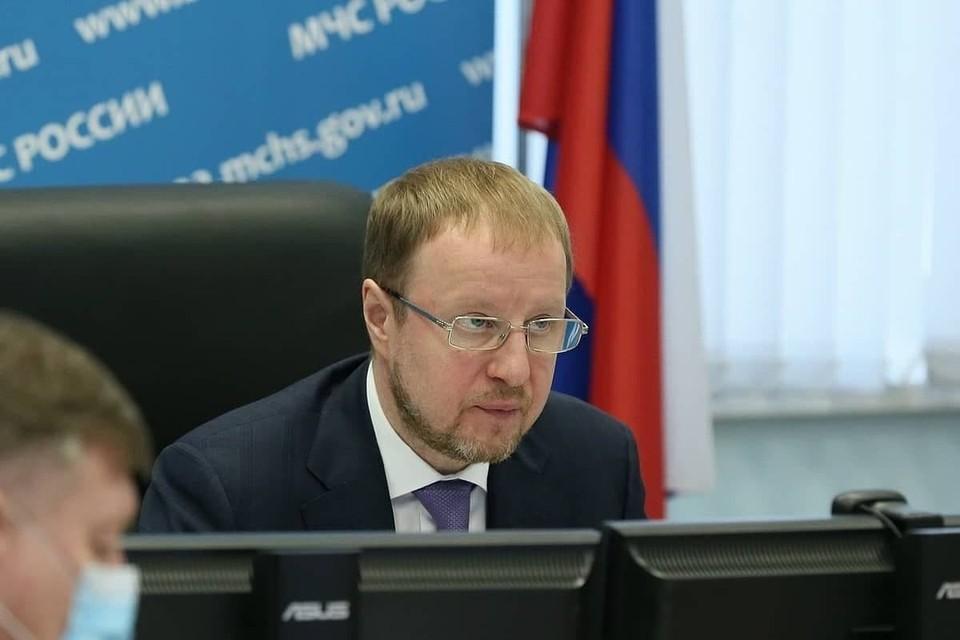 Виктор Томенко провел заседание краевой комиссии по чрезвычайным ситуациям.
