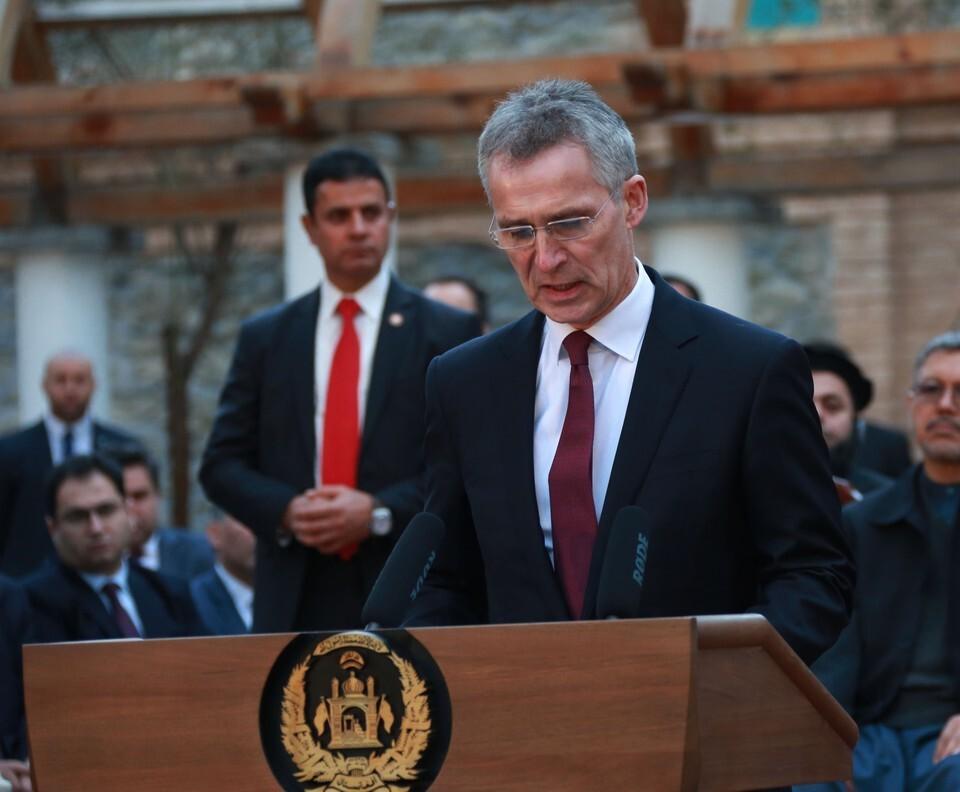 Столтенберг призвал обновить стратегическую концепцию НАТО из-за России и Китая