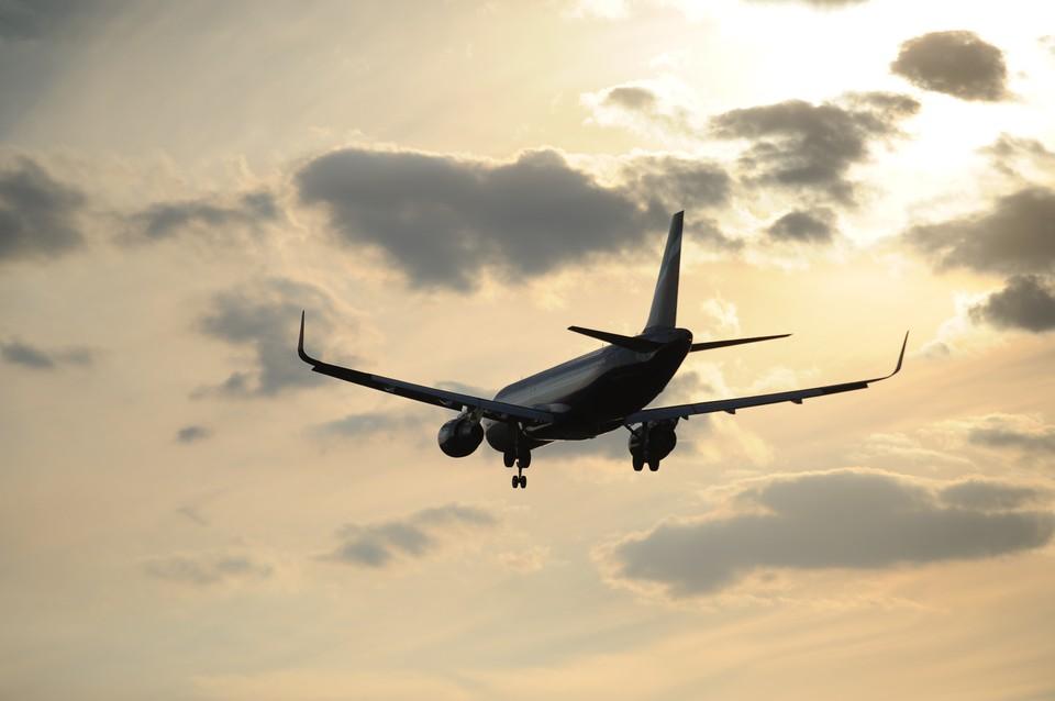По данным Flightradar, самолет сейчас уже в Сочи.