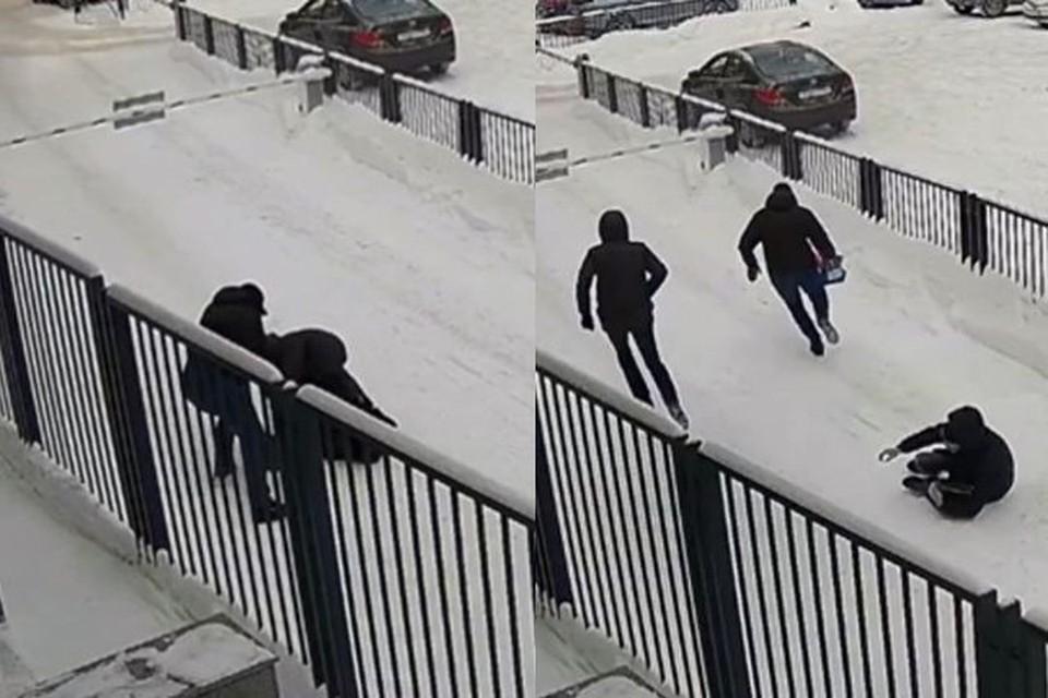 Грабителей сейчас ищет полиция. Фото: Кадр из видео