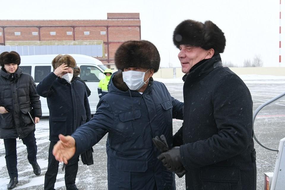 Борисова в аэропорту «Бегишево» встретил президент Татарстана Рустам Минниханов. Фото: president.tatarstan.ru