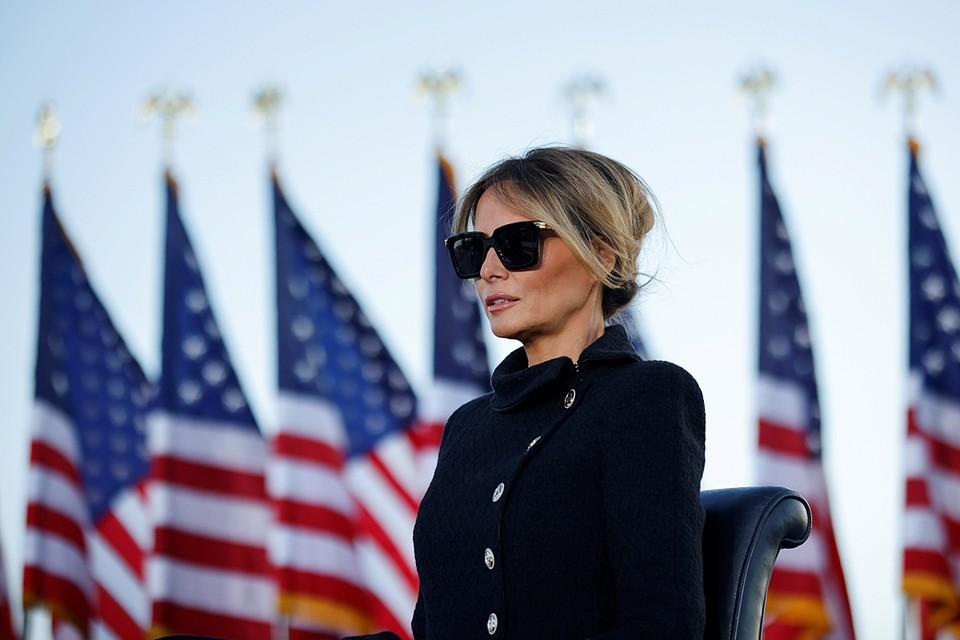 Мелания Трамп во время нахождения в роли первой леди постоянно избегала внимания прессы и находилась в тени