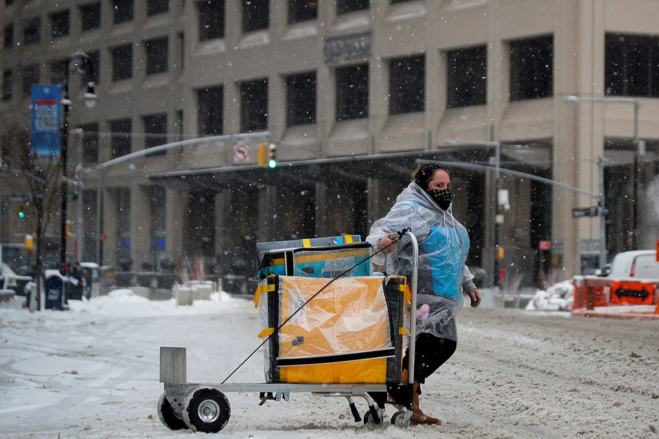 В течение недели власти устраняли последствия разгула ледяного шторма, который захватил юг США.