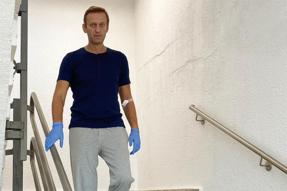 Алексей Навальный в помещении берлинской клиники, сентябрь 2020 г.