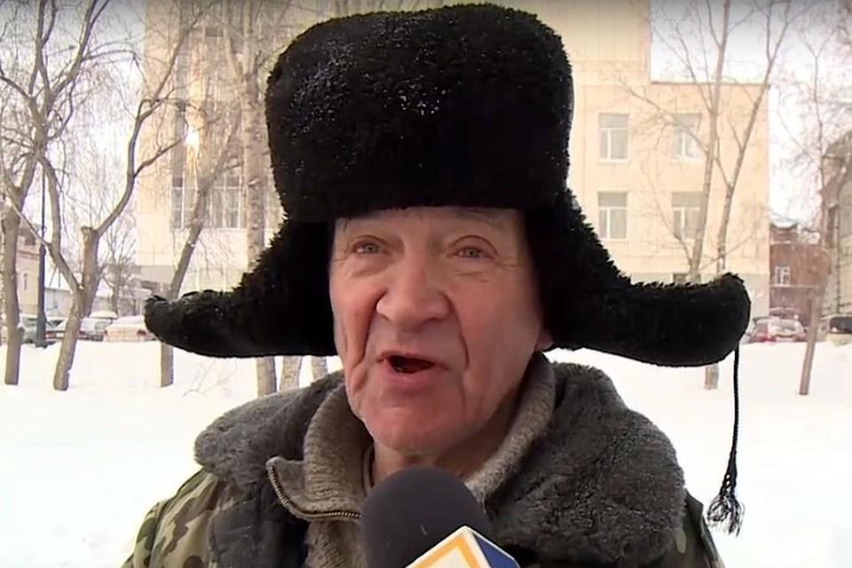 Дед Виталий наконец-то пообщался с сыном. Фото: ТВ2.