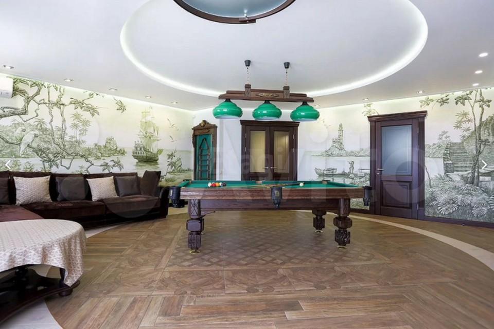 Квартиру с объемной росписью продают в Новокузнецке за 20 миллионов рублей. ФОТО: авито.ру
