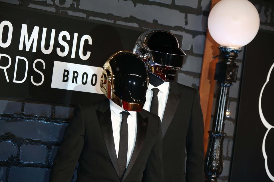 Французский дуэт Daft Punk объявил о своем распаде.