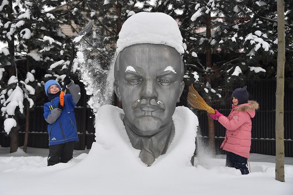 Зима в Москве завершится оттепелью, туманами и гололедицей