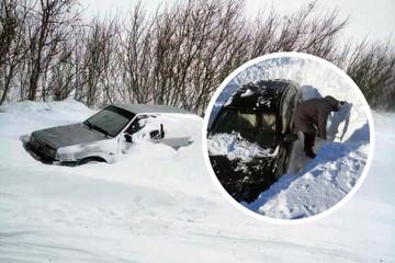 Полицейские на снегоходе спасли более 30 человек во время непогоды в Челябинской области