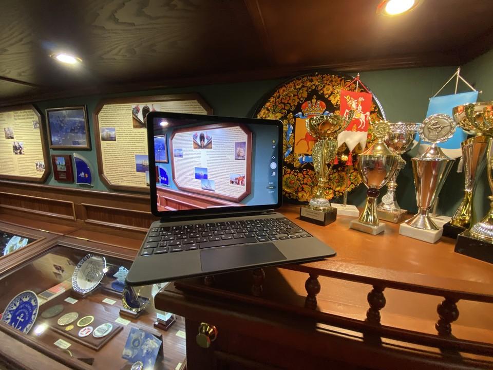 "iPad Air в музее барка ""Седов"""