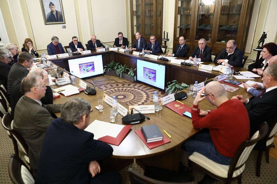Защита исторической правды: общественники обсудили борьбу с искажением фактов о Второй мировой войне