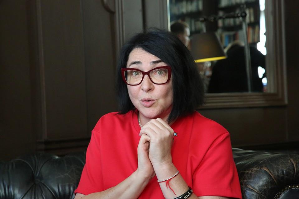 57-летняя артистка и сама будет сдавать тесты в эфире