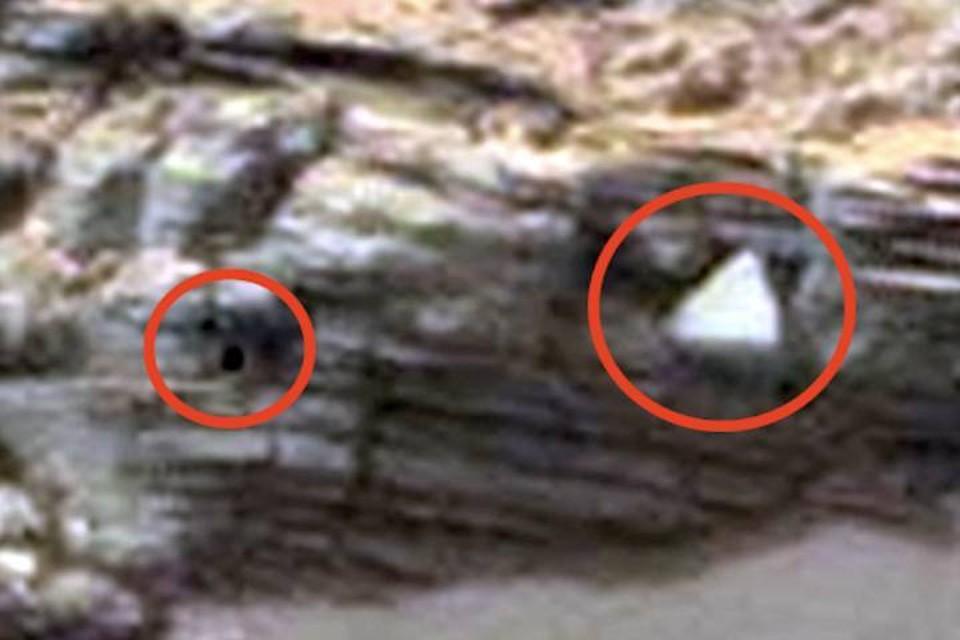 На Марсе обнаружены «Черный квадрат» и «Белый треугольник»