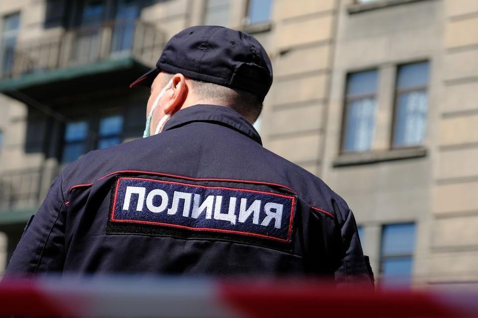 В Новосибирске два дня подряд эвакуировали школы из-за сообщения о бомбе.