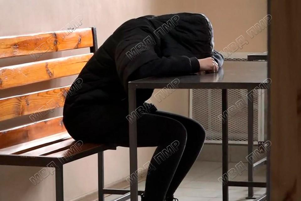 Угонщица во всем призналась и говорит, что ей очень стыдно перед тетей (Фото: МВД Приднестровья).