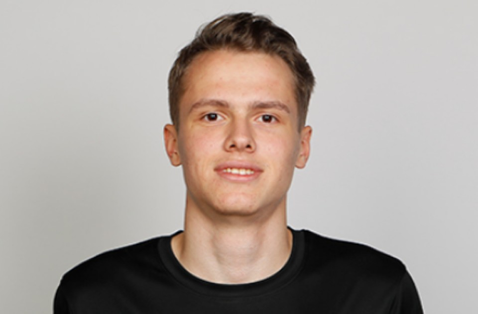 Владислав Карапузов