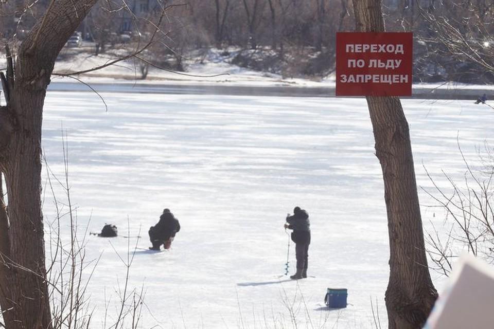 Сезон зимней рыбалки уже завершился, но многих это не останавливает