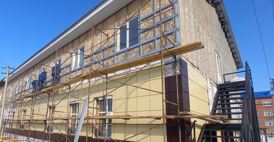 В Мариинске завершается строительство корпуса городской больницы. Фото: Пресс-служба АПК