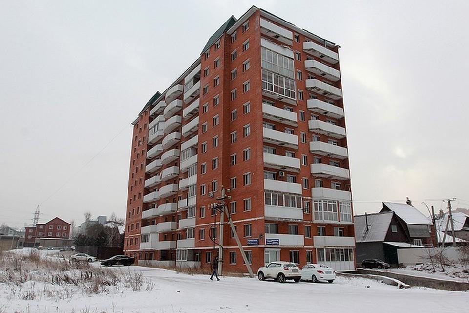 Экс-сотрудник администрации задержан по делу о незаконном строительстве 11-этажного дома на Пискунова