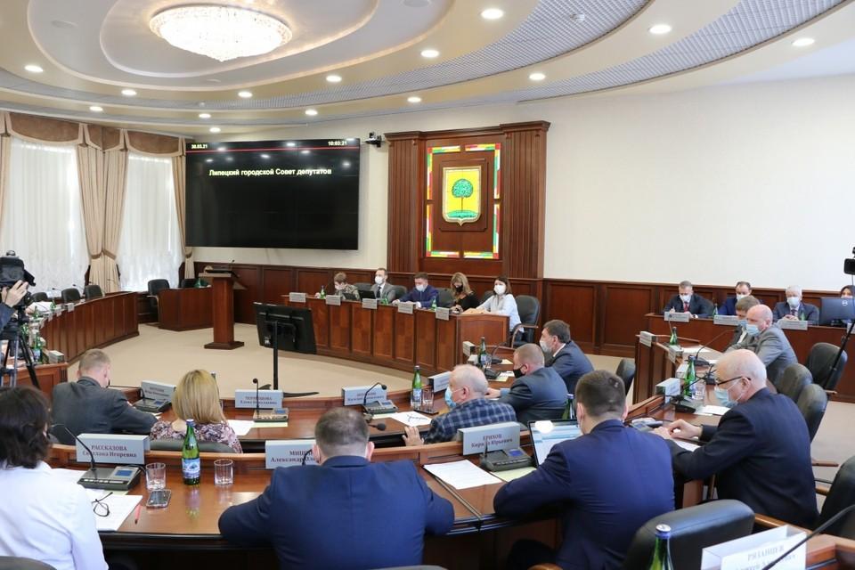 В Липецком горсовете обсудили нарушения в декларации о доходах Евгении Уваркиной за 2019 год