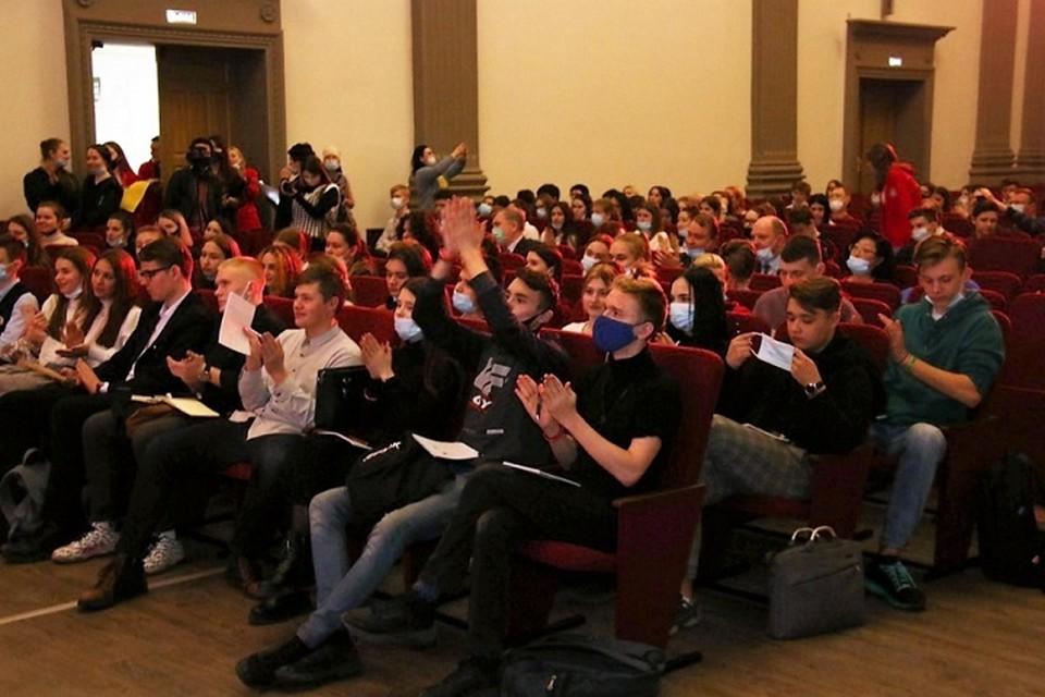 Как найти свое призвание рассказали школьникам и студентам Хабаровского края