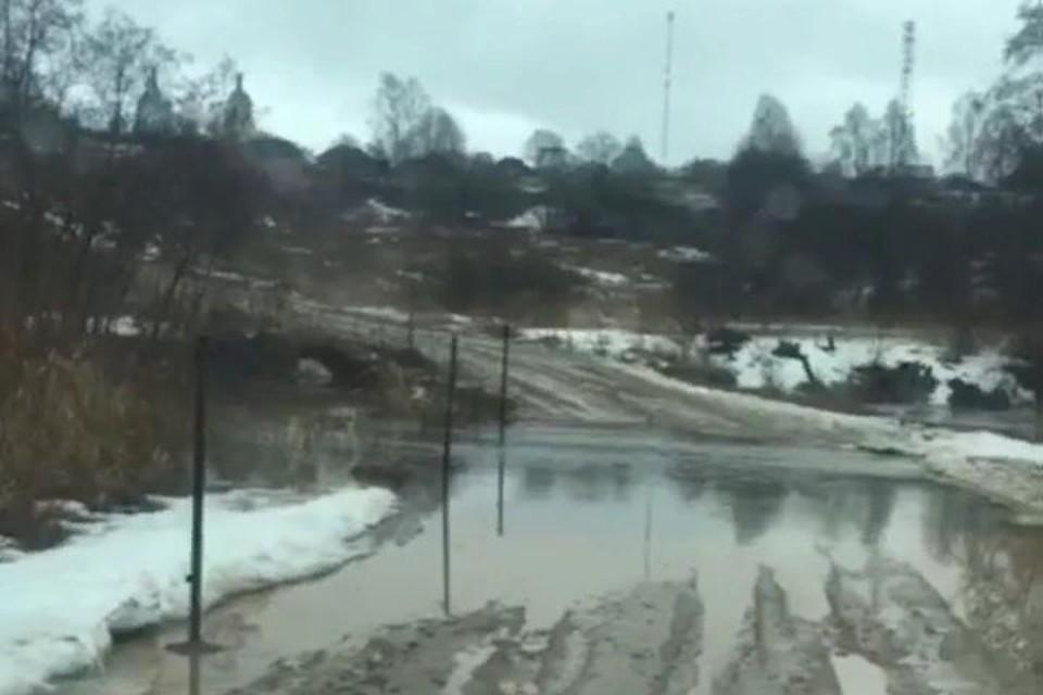 Начался разлив реки Кубря в деревнях Леонтьево и Ченцы Переславского района. Фото: Анна Соловьева