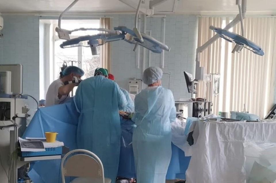 Прерываться врачам было никак нельзя. Фото: правительство Амурской области