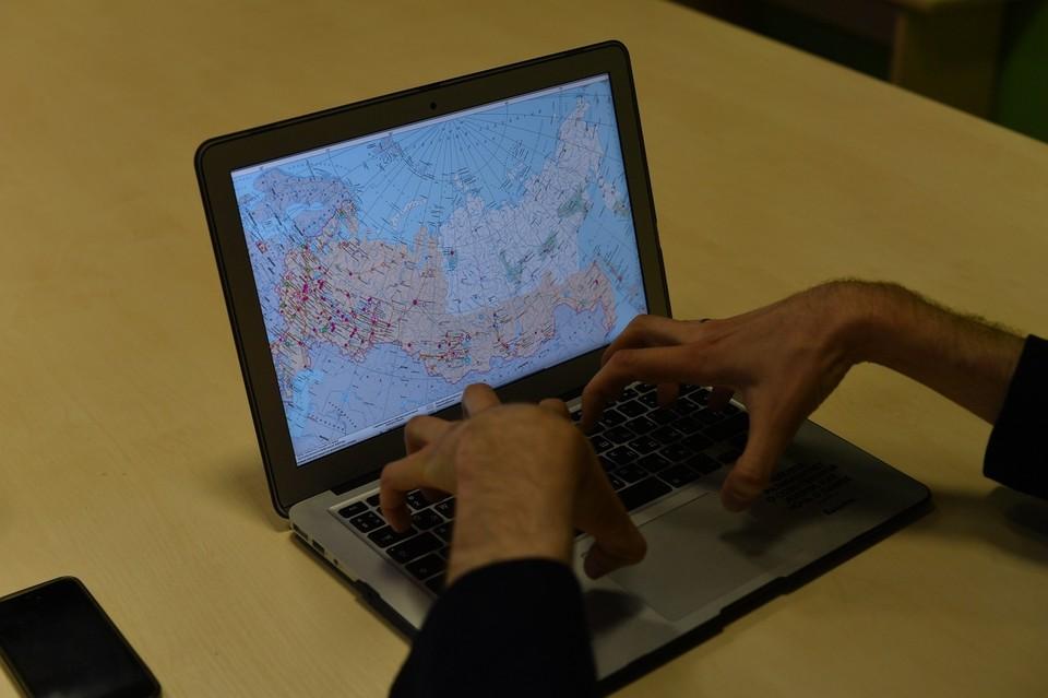 Юный хакер использовал программы подбора паролей, которые нарушили работу сайтов.