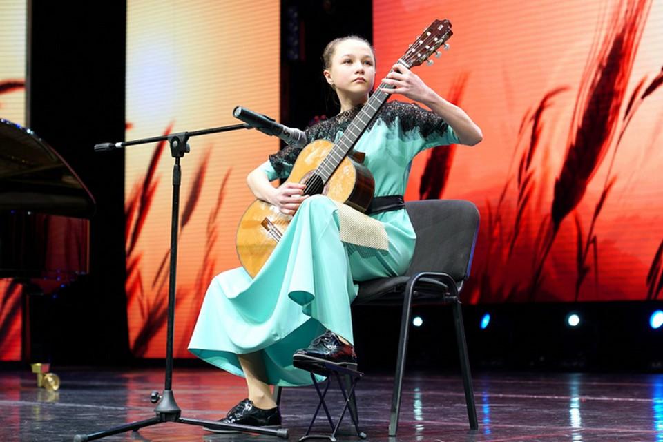 Двое хабаровских школьников взяли гран-при в номинациях международного фестиваля «Новые имена стран АТР-2021»