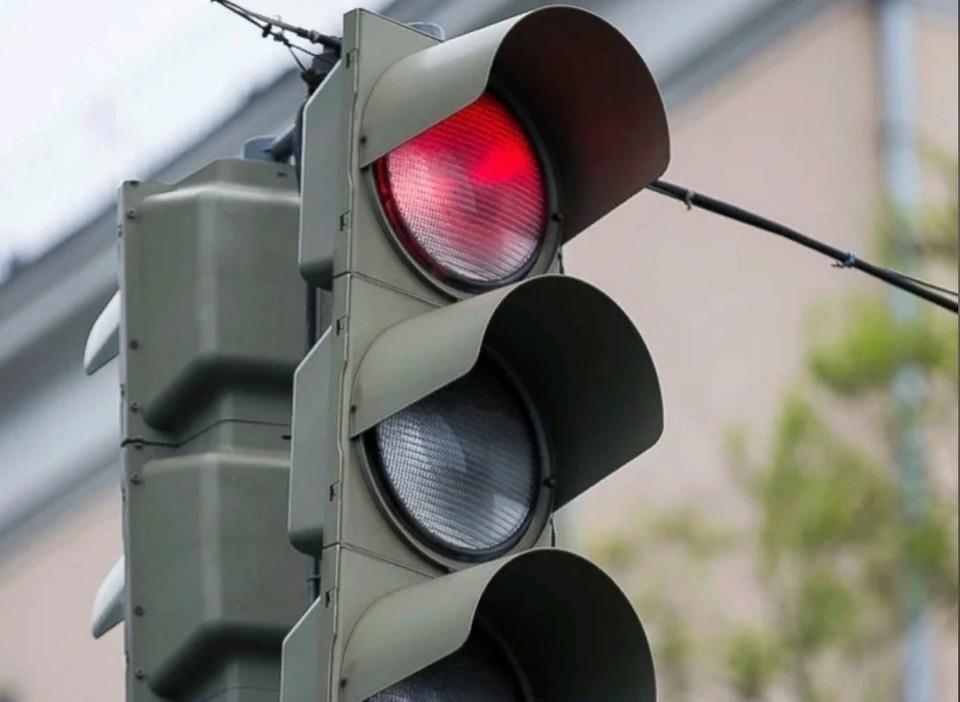 6 апреля на перекрестке улиц Карла Маркса и Бородина в Ижевске отключат светофор