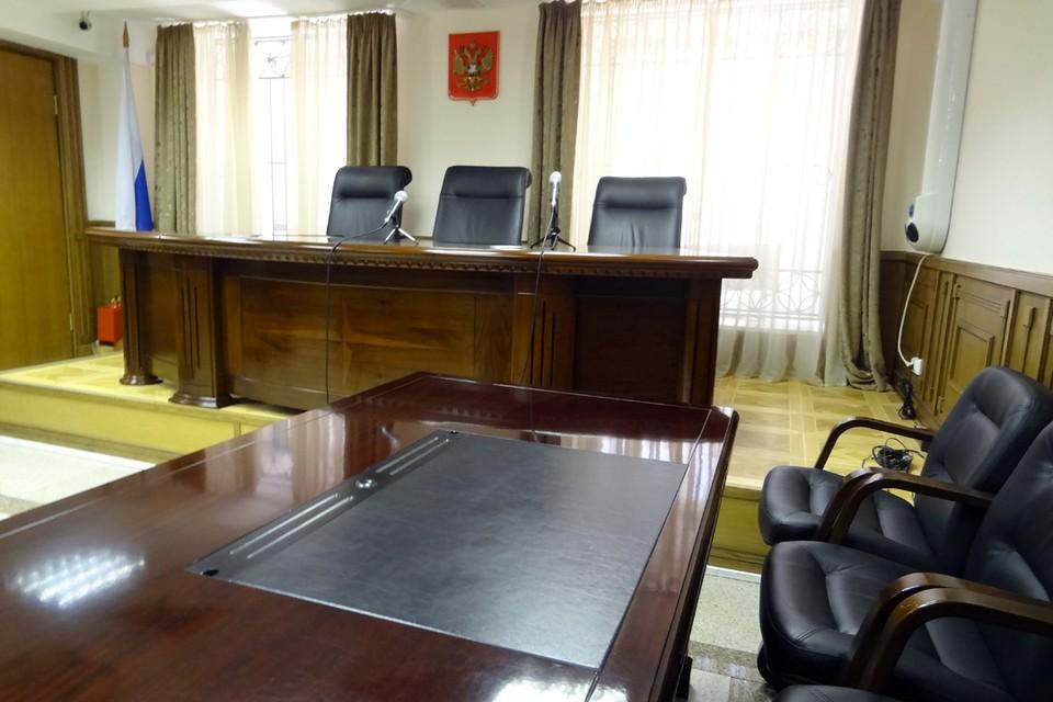 В Сургуте осудят двух предпринимателей, продававших немаркированный алкоголь