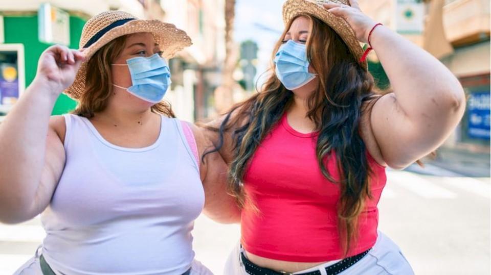 Во время разгула коронавирусной инфекции иметь лишние килограммы крайне опасно. Фото: doc-tv.ru