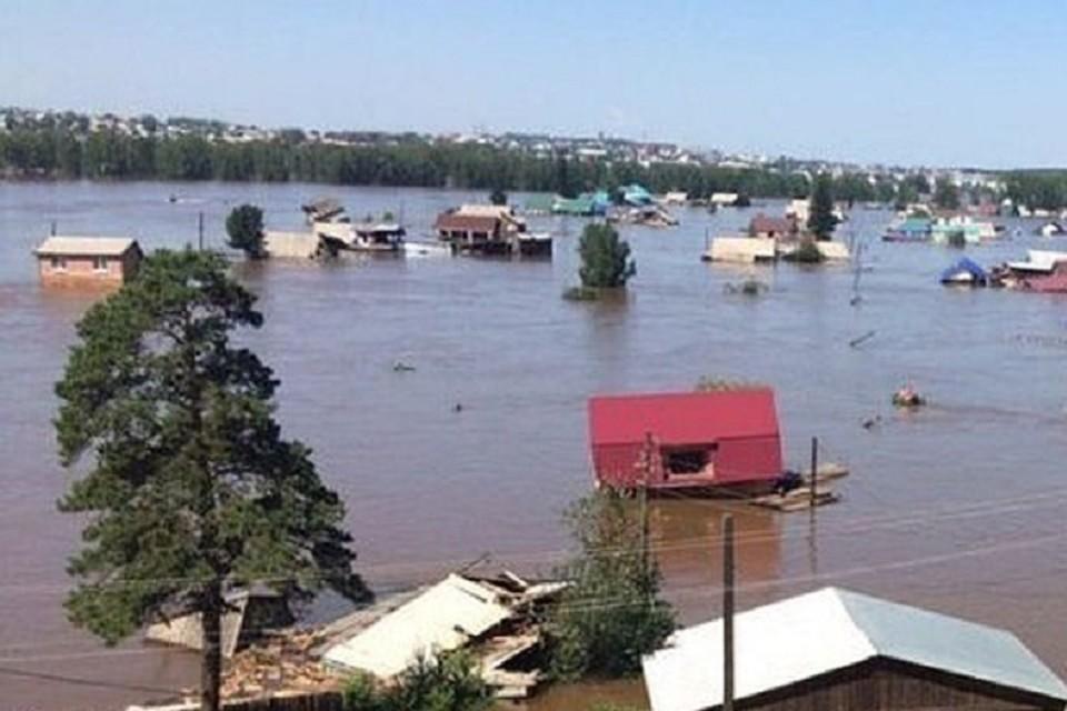 Сибирячка хотела получить компенсацию после наводнения в Тулуне за сгоревший за 7 лет до этого дом