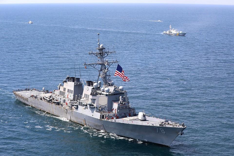 К появлению кораблей США Черное море давно привыкло. Эсминцы и фрегаты под звездно-полосатым флагом там снуют почти безвылазно