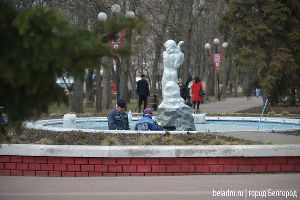 Уже на следующей неделе фонтаны протестируют, а на майских праздниках запустят в работу.