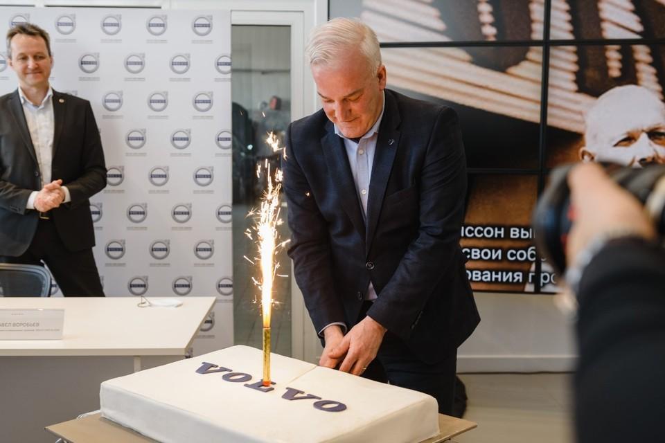 В День рождения бренда Volvo компания «Самара-Авто» организовала встречу с новым генеральным директором Volvo Car Russia Вимом Маесом.