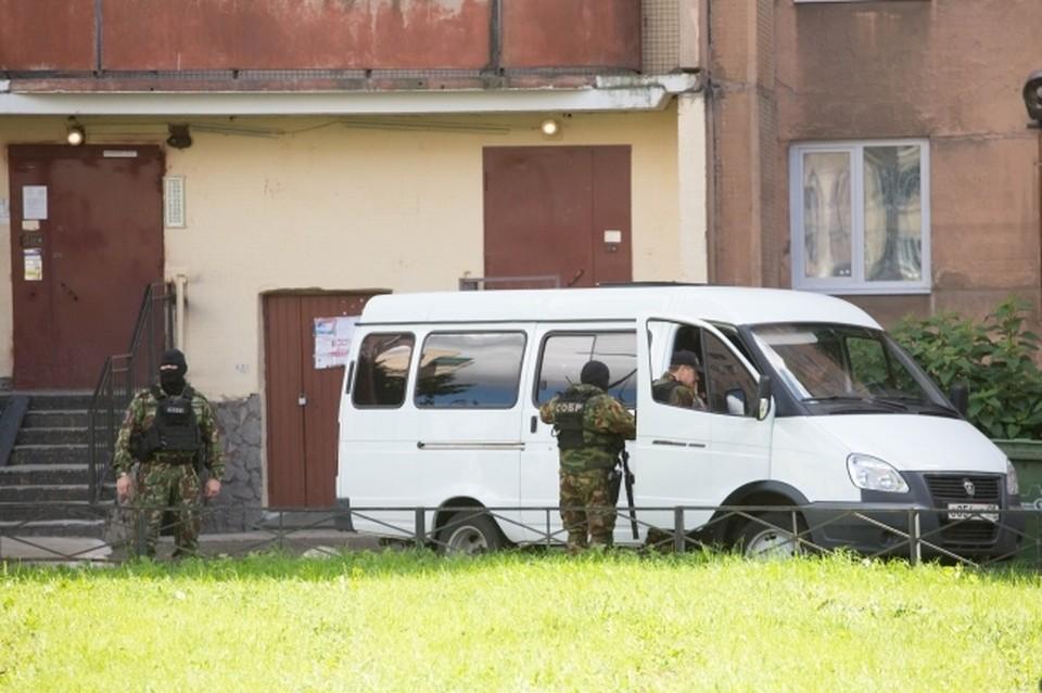 В Краснодаре оперативники угрозыска из Санкт-Петербурга задержали члена банды ОПГ