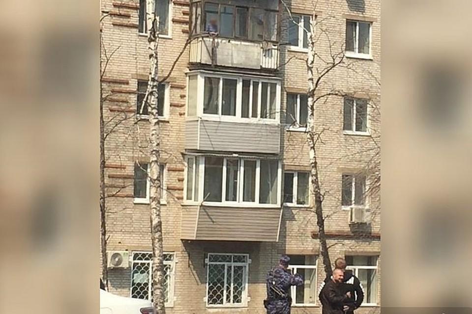 Женщина заставила поволноваться окружающих. Фото: www.instagram.com/artem.news.plus