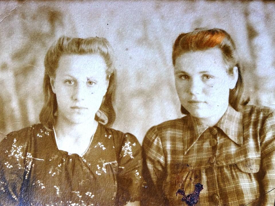 Екатерина Дорофеевна (справа) проработала пивзаводе 7 лет.