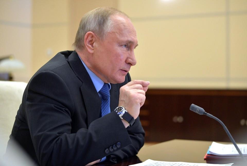 Путин заявил о готовности обсудить с Зеленским в Москве двусторонние отношения