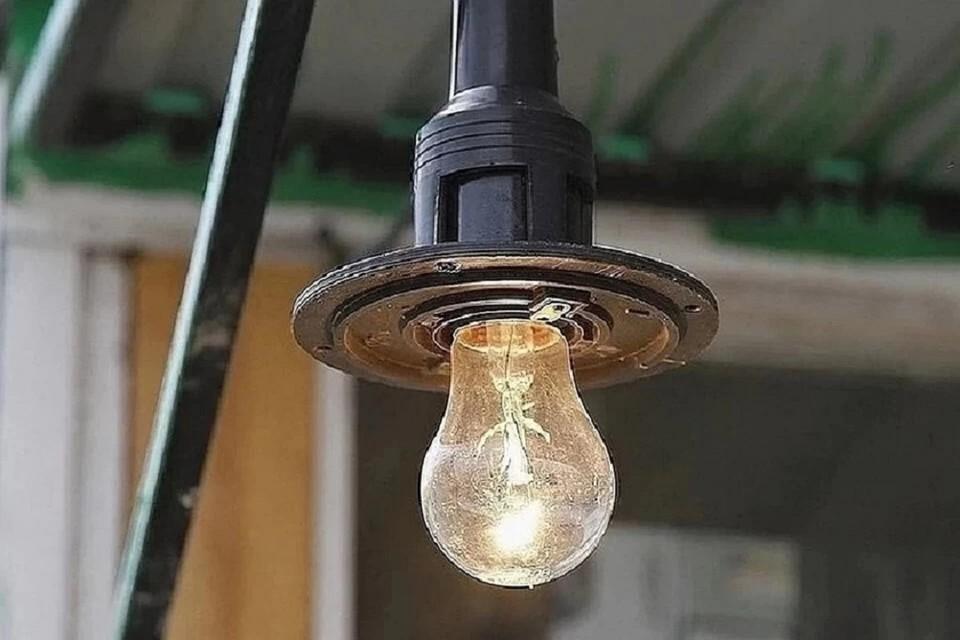 В Новосибирске более 600 домов остались без света.
