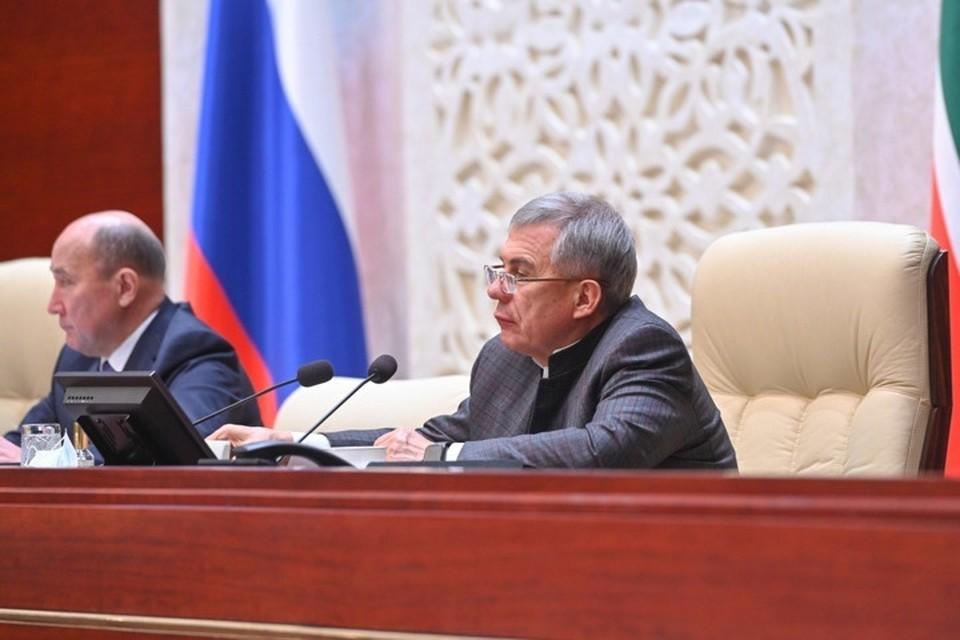 Фото с двадцать первого заседания Государственного Совета Республики Татарстан