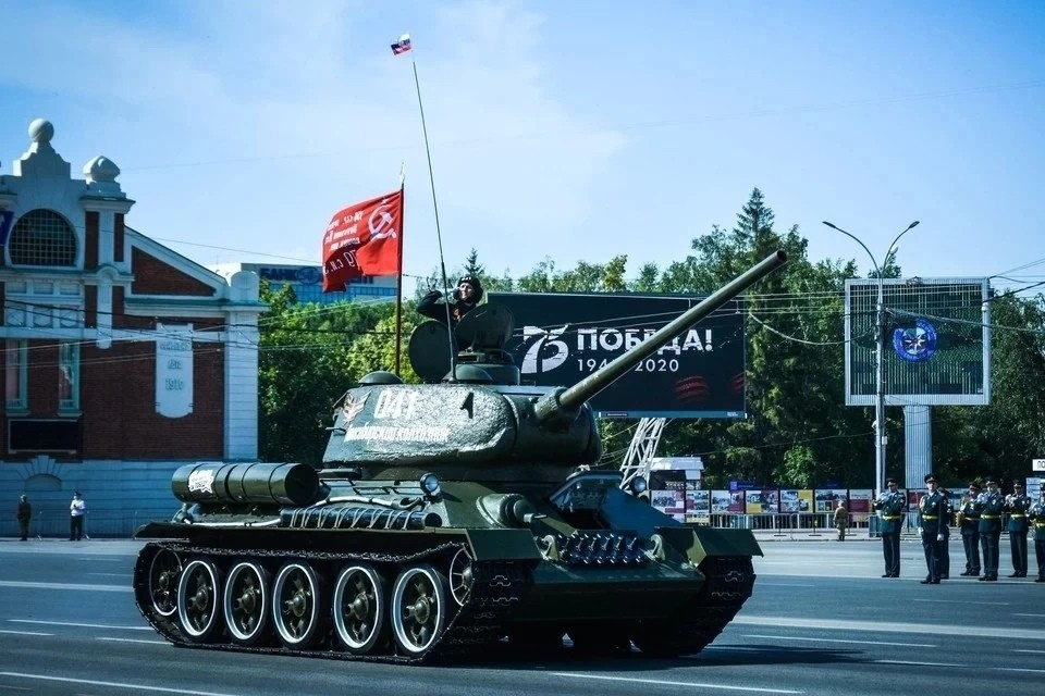 В центре Новосибирске перекроют несколько улиц перед Днем Победы 9 мая 2021 года.