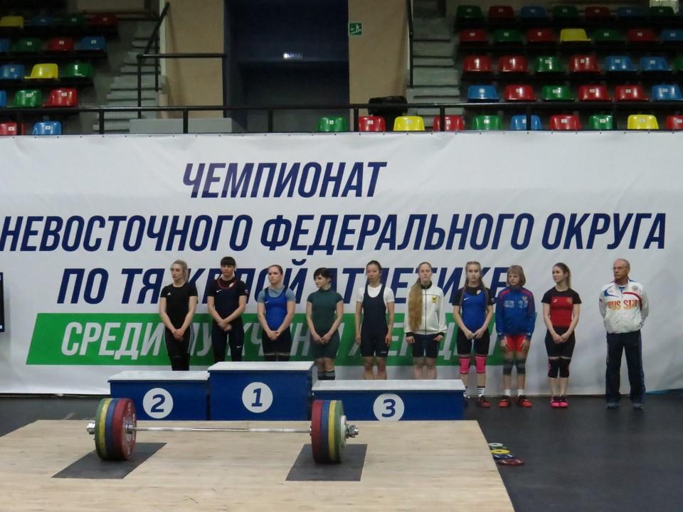 В Хабаровске подвели итоги чемпионата ДФО по тяжелой атлетике