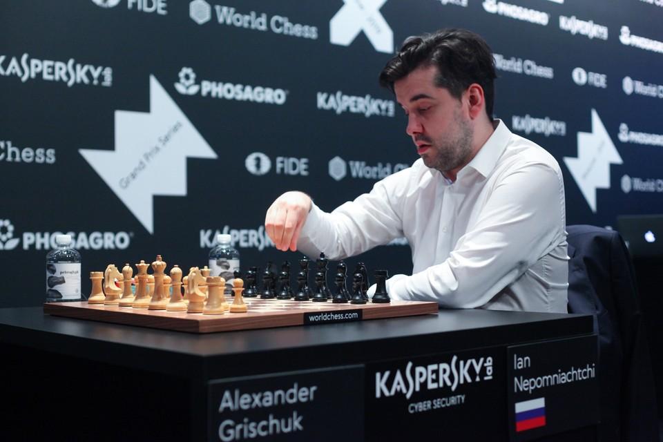 Россиянин Ян Непомнящий сыграет с Карлсеном за звание чемпиона мира.