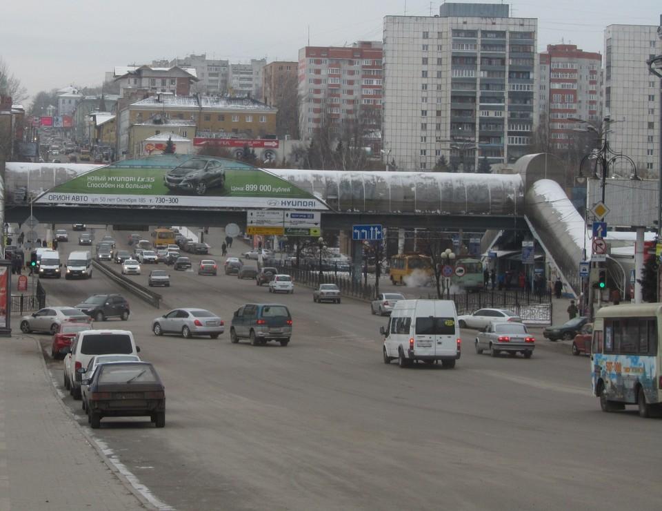 Будет временно ограничено движения автотранспорта через площадь имени Рокосовского